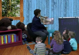"""""""Feivel's Flying Horses"""" BEE Bear Book Club S. 2 Ep.3"""
