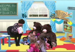 """Green Eggs and Ham"" BEE Bear Book Club S.1 Ep.4"